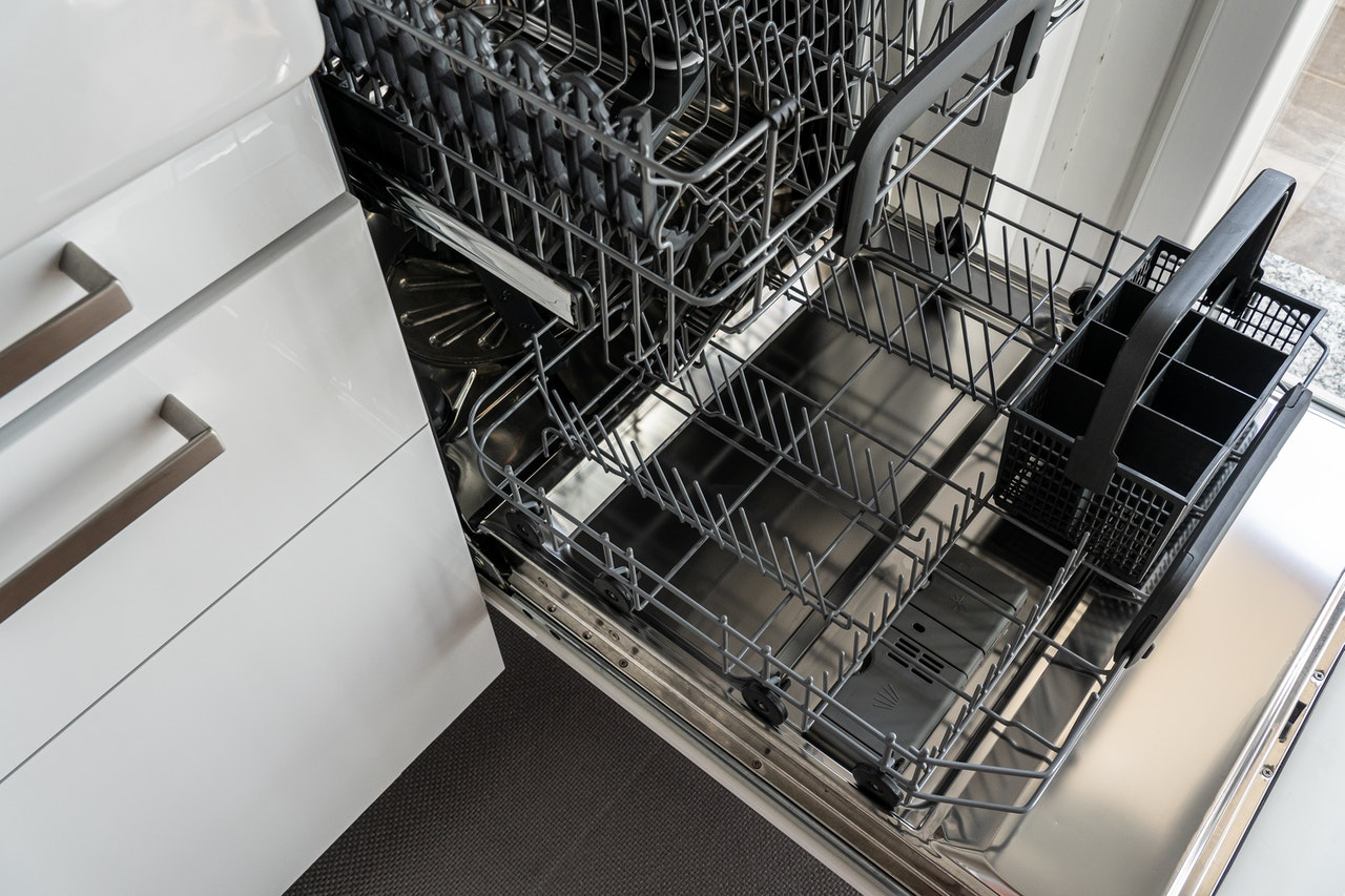 dishwasher-3829549
